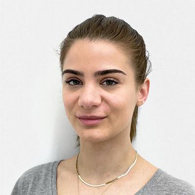 Cindy Daullxhiu